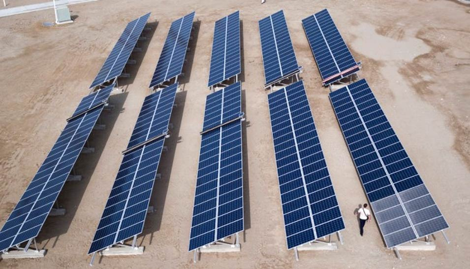 Saudi Aramco licenses technology to locally-owned NOMADD Desert Solar Solutions to create NO water Mechanical Automated Dusting Device