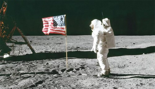 Saudis Recall History's Greatest TV Event: Apollo Moon Landing