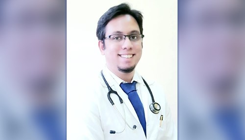 Dr. Emad Mir Abbas Completes his 3 year MD program in Internal Medicine
